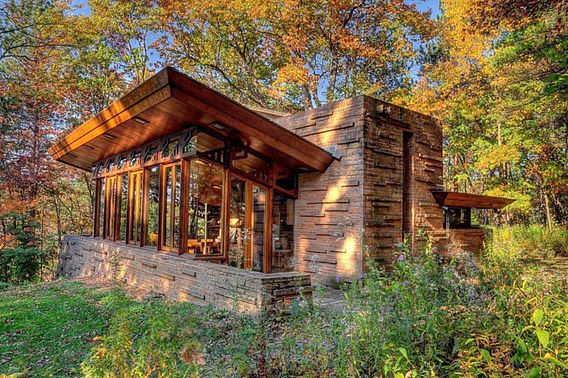 seth_peterson_cottage.jpg