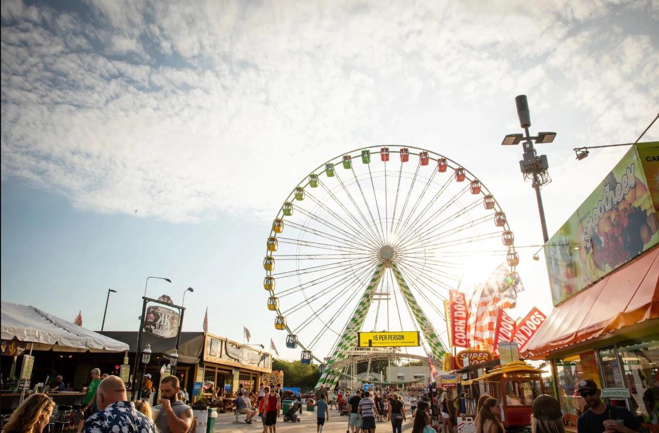Ferris wheel at Wisconsin State Fair